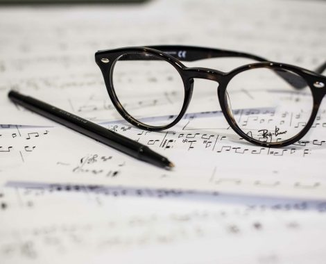 eyeglasses-1209707_1920